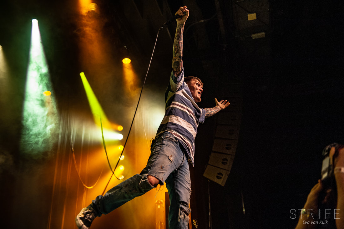 live-review-neck-deep-play-biggest-dutch-headliner-show-to-date