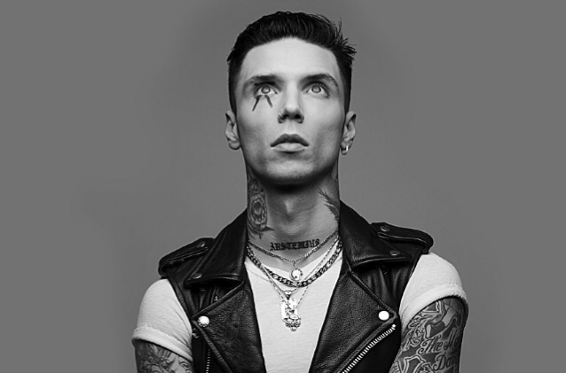 andy-black-announces-drag-artist-as-support-act-for-upcoming-tour