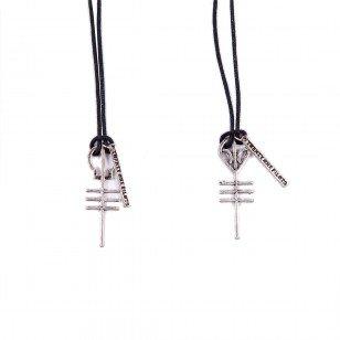 twenty-one-pilots-giveaway-skeleton-alien-necklaces