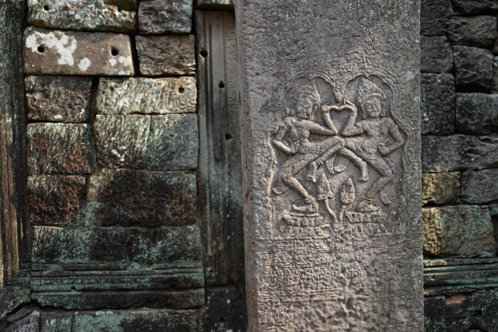 cambodia-photo-tours-angkor-wat-carvings
