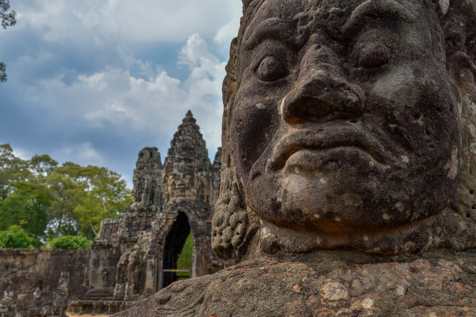 cambodia-photo-tours-angkor-wat-statues