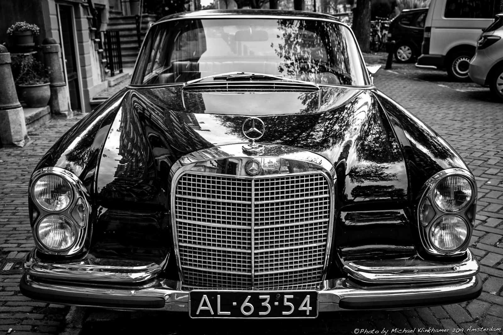 Mercedes-Benz 280SE Coupe