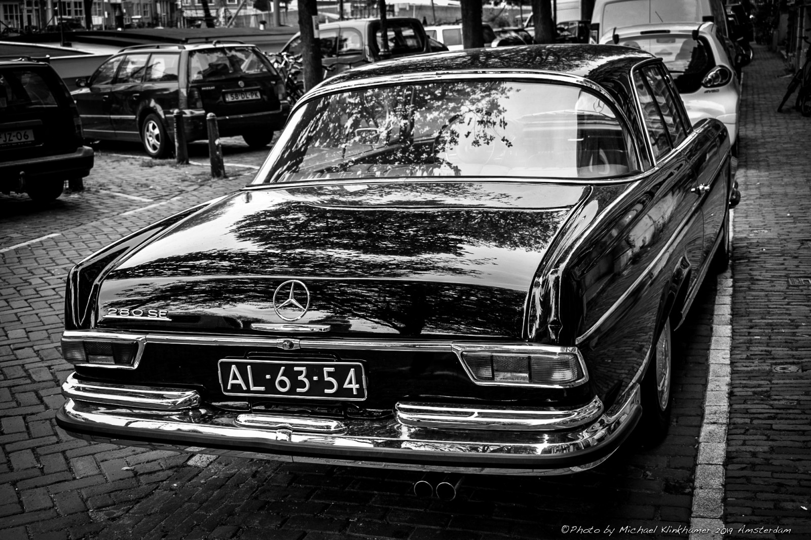 The coolest Mercedes-Benz 280SE Coupe in Amsterdam